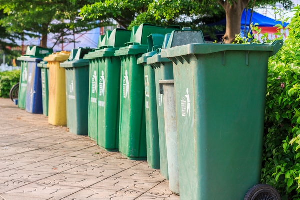 How Renting Garbage Bins Benefits Construction Projects