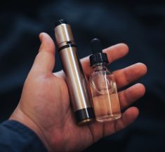 4 THINGS THAT YOU NEED TO KNOW ABOUT VAPING
